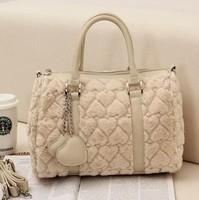 Vogue of new fund of 2014 han edition temperament of women's handbags Lovely lady rabbit fur handbag