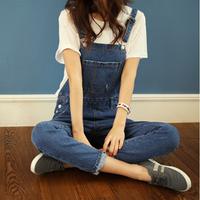2014 summer/spring girls' cute  large pocket loose denim overalls Jeans
