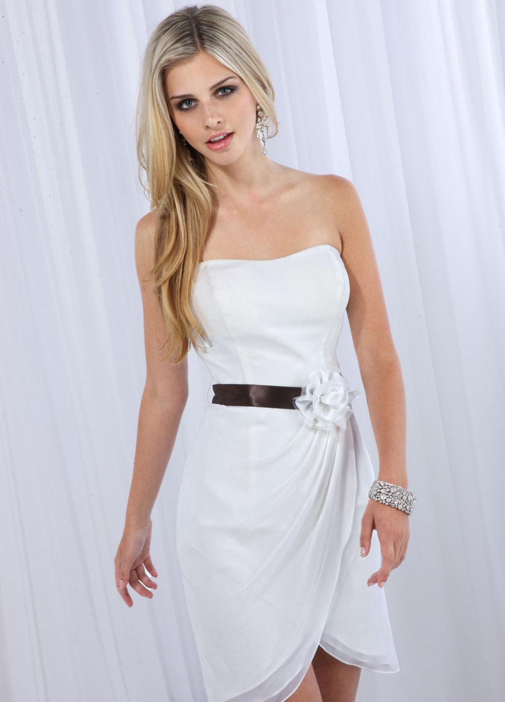 Verkäufe nach Muster Brautkleider