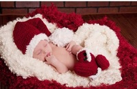 1pc  HOT SALE Handmade Crochet Baby winter boots shoes christmas gift/ Photography Prop Newborn Baby christmas hat