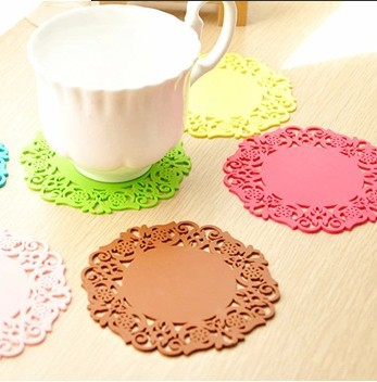 Derlook lace coasters bowl pad cutout silica gel cup pad new fashion multicolour slip-resistant heat pad(China (Mainland))