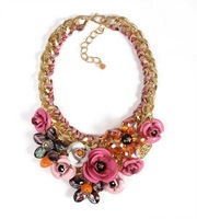 2014 top fasion freeshipping trendy women chains necklaces plastic link chain small flower exaggerated necklace hot sell on ebay