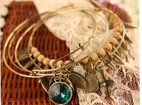 Girl's Day Gift 5piece a set Elegent Gold Color Alloy With rhinestone flower Bracelet and Bangles Party Jewelry alex and ani