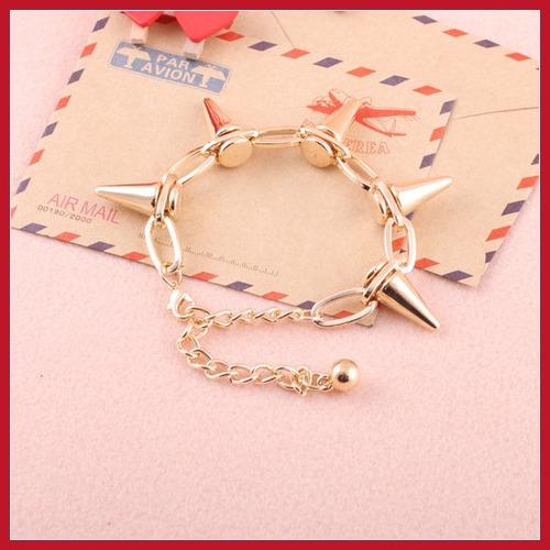 Reutilizável chinamart Retro europeia moda americana de Metal pulseiras Punk Rivet pulseira atacado decoração(China (Mainland))
