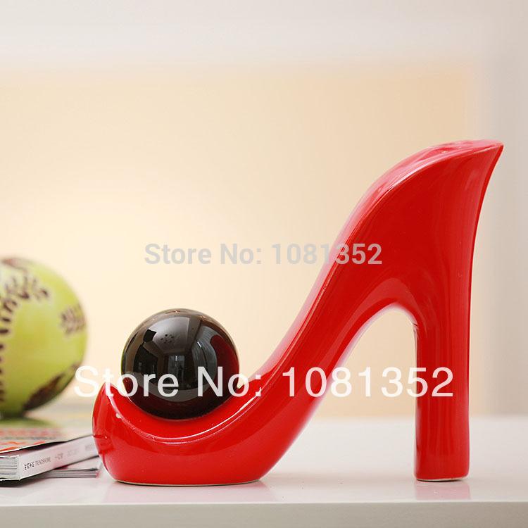 Acessórios para sala de estar decoração nova cerâmica moda presente de casamento decoração sapatos de salto alto(China (Mainland))