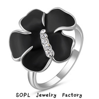 ROXI Jewelry  best quality Gift Classic Genuine Austrian Crystals Sample Sales Rose Gold Plated Round white  Flower Stone Ring