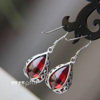Jewelry Laoyinjiang 925 Pure Garnet Earrings Vintage Silver Earrings Silver Drop Earring free Shipping