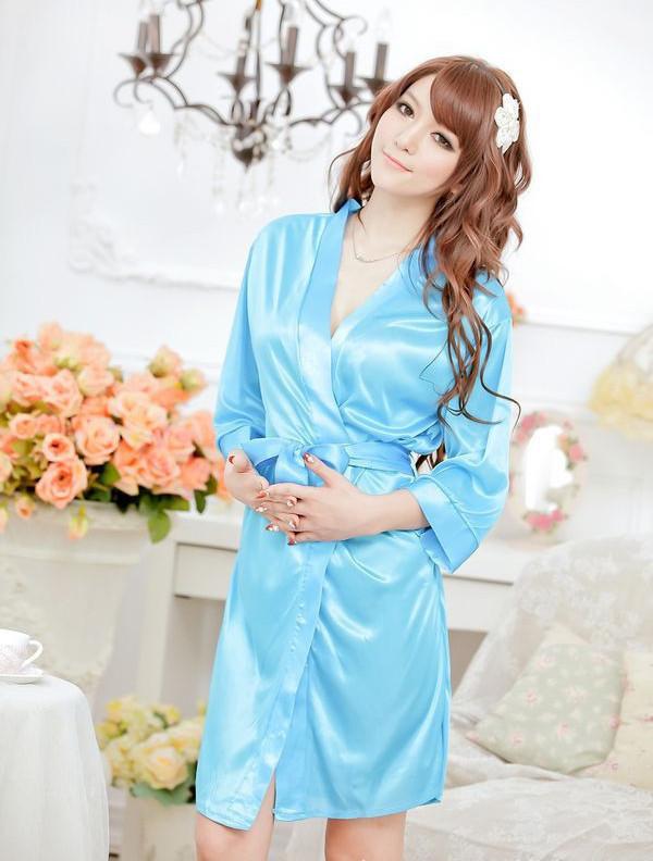 Женский халат #5537 наклейка на наутбук kh inspiron 15r 5537