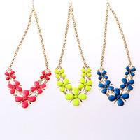 5 pcs/packs jewelry women necklace pendant floral flower necklace women fashion statement free shippng elegant cute