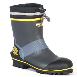 Желтые туфли на высоком каблуке выглядеть стильно, можно