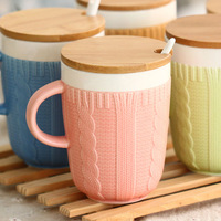 Wholesale Free shipping Top sweater pattern ceramic coffee mug 5colors options novelty item with lid and spoon 2014 new arrival