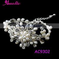 Free Shipping Handmade Crystal Rhinestone and Pearl Wedding Bracelet Bridal jewelry Vintage style bracelet