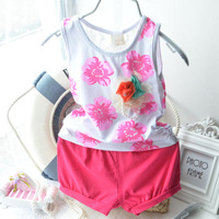 2014 Summer Baby girl Cotton Flower suit Vest shorts Pearl Cute Girl suit Stretch cotton lace Retail Free shipping