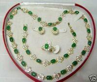 Beautiful jewelry Green Jade Necklace Bracelet Ring Earring Set