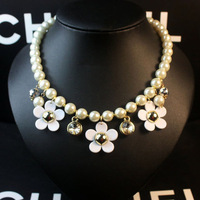 Crystal daisy small fresh sweet camellia fashion pearl pendant necklace short design chain female