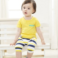 2013 New Arrival Kids Clothing Set White Tshirt and Orange Printed Pants For Baby Girl Summer Clothing Set