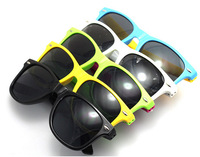 2014 New Arrival Wayfarer Style Sunglasses Custom Logo Supported Drop Shipping