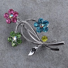 Ladies Flower Rhinestone Colored Crystal Silver Colour Brooch Broach Gift