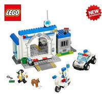 free shipping new original educational brand lego Plastic blocks toys 10675 juniors series police - the big escape 146pcs