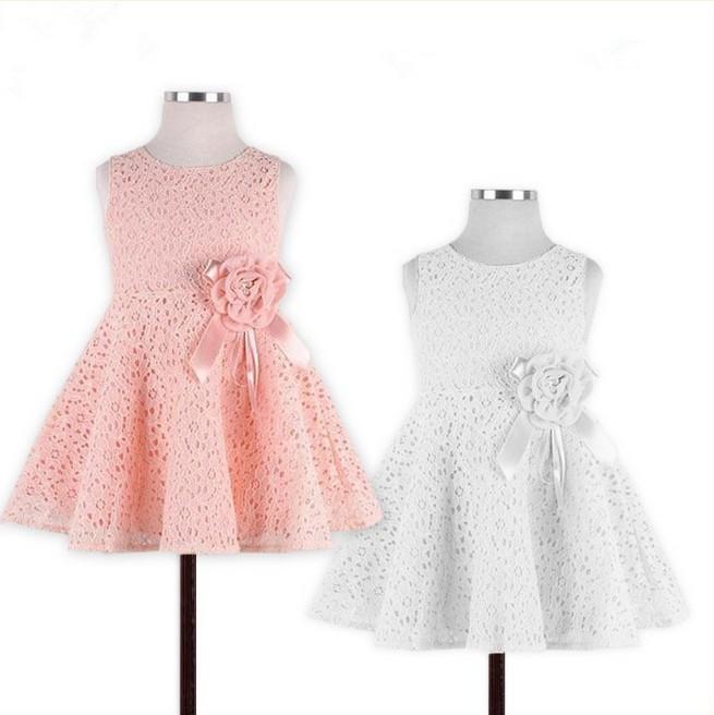 Платье из кружева для ребенка