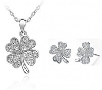 (Minimum order $ 15) Fashion  clover crystal necklace/earrings wedding rhinestone necklace Jewelry Sets