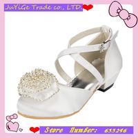 2014 New Satin Banquet Girls Sandals Round head  Princess Children's party Flower Sandals Girls single shoes with Diamond Flower