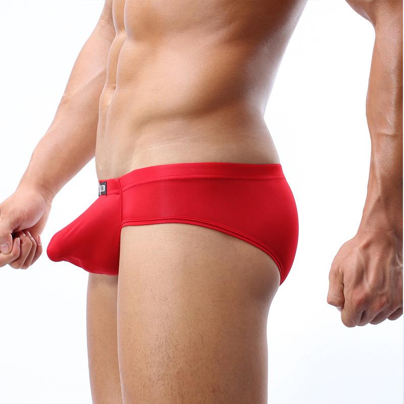 обтягивающие плавки пенис фото