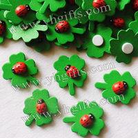 1000PCS/LOT,Ladybug clover stickers,Children room ornament,Cartoon wall stickers,Garden decoration.Fridge magnet,2.5x3cm.onstock