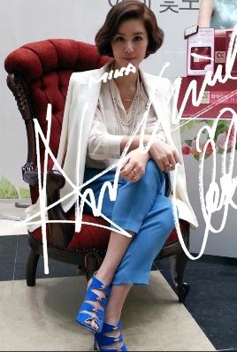 Save money - Korean counter genuine purchasing high-end women's fashion MICHAA 2013 summer stylish suit(China (Mainland))