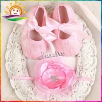 Sunshine store #2B1926 4 set/lot  Baby Vintage Rhinestone Flowers Headbands and soft silk Satin Ballerina Booties Crib Shoes set