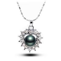 Quality black pearl necklace peach heart full rhinestone colnmnaris pendant