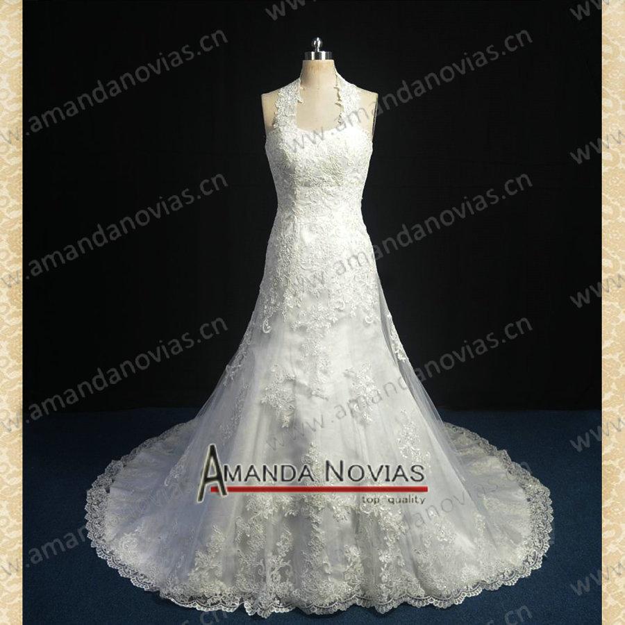 Robe de mariage de concepteur de l'échantillon