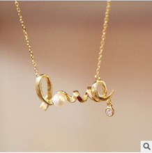 XL100 @ Special @ Korean jewelry gently around the hearts of love chic LOVE necklace Free Shipping