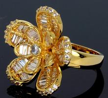 Hot Sell Woman Luxury Flower Shape wedding rings Top Grade Zirconia Crystal Nickel Free Plating Propose