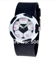 Free shipping Cute 3D Football Cartoon children watch for girls Rubber kids watches boys cheap blue Silicone Quartz WristWatch