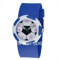 2014  football watches sell like hot cakes. Football hand surface and silicone rubber band woman, man, fashion watches