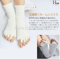 For Summer or Spring Happy Feet Foot Alignment Socks Comfy Toes Sleeping Socks Massage Five Toe Socks