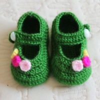 Handmade knitted baby shoes baby shoes toddler shoes soft sole shoes multicolor