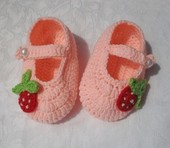 Handmade crocheted baby yarn shoes toddler shoes soft sole shoes 0-1 year old