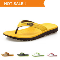 HOT SALE New 2014 Men Summer Sandals Fashion Flip Flops 5 colors 39-44 natural rubber wholesale and retail male Outdoor Shoes