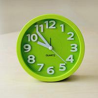 New 2014 Hot 3D Modern Solid Color Ultra Silent Mini Desktop Clock Samll Alarm Clock 6 color