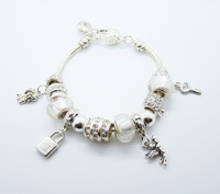 PB10 /  Fashion Clear beads 925 Silver plated charm bracelets for women with Heart pendants Chamilia Bracelets & Bangles