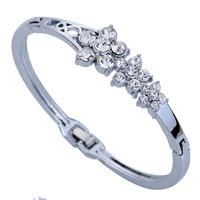 Grace Silver Plated Double Flower Carve Crystal Chain Link Bangle Bracelet Lady