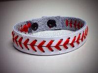 Leather softball seam bracelet.baseball seam bracelet,softball bracelet,baseball bracelet