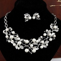 wholesale cheap Fashion  high quality crystal wedding  leaf necklace earrings set  free shipping for $15 mini mix order