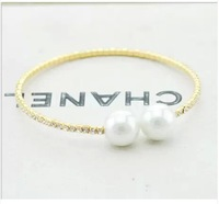 Min. order is 9usd(can mix) Gold plated pearl full rhinestone gentlewomen exquisite brief fashion all-match bracelet SL223