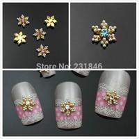 30 pcs 8mm Golden Snowflake Sliver Beads 3D Alloy Rhinestone Christmas Nail Art Tips DIY Decoration Cell Phone UV Gel Manicure