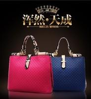 2015 New aristocracy pattern Mobile women Messenger bags shoulder bag female bag wholesale women leather handbags