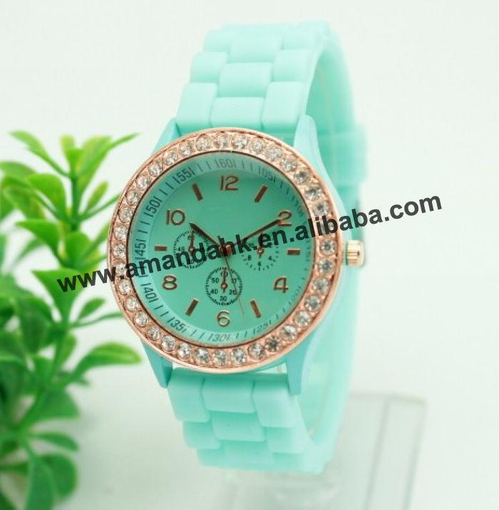 100pcs/lot,No Logo Casual Watch Women rhinestone Dress Watch Quartz Men Sports jelly watches 3 circles Unisex Wristwatch(China (Mainland))