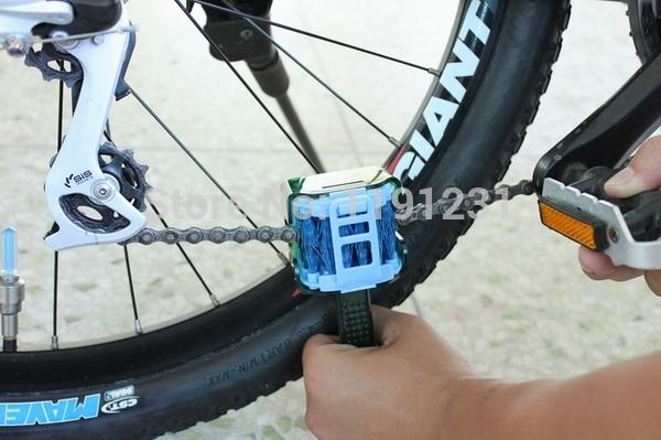 New Arrival Cylion Multifunctional Fixed Gear, Bike, Mountain Bike Road Bike Washing Chain Cleaner. Chain Brush(China (Mainland))